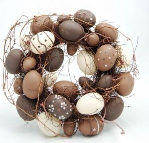 pascoa-decoracao-guirlanda-de-ovos